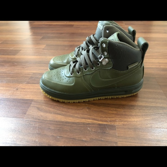 free shipping 4c273 a59cc Men s Nike Lunar Air Force one sneaker boot. M 5ab92bd736b9de6e9c0a07ba